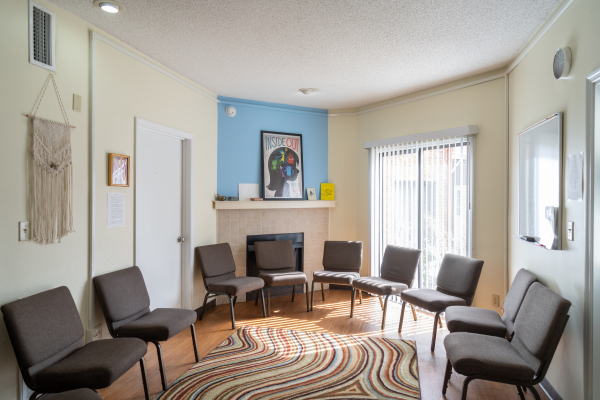 frc-therapist-group-room